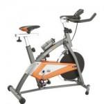 Trening spinningowy na siłowni